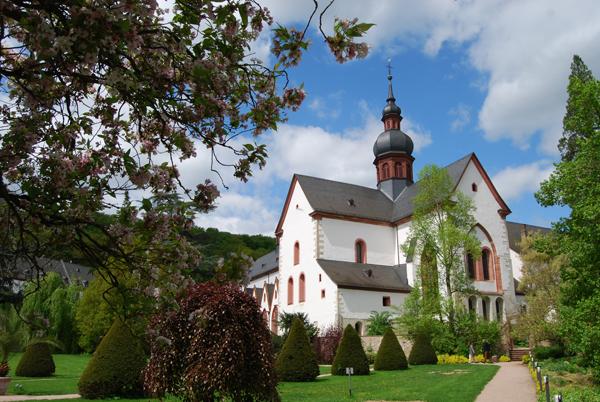 kloster-eberbach-view2