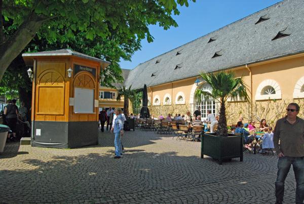 schloss-johannisberg-lokal