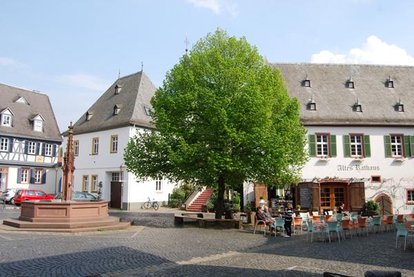 Oestrich-marktplatz