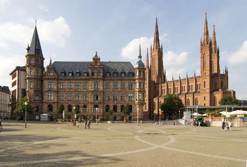 Wiesbaden-marktplatz