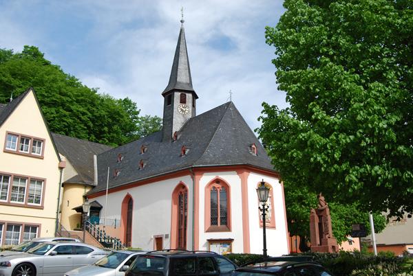 Kirche-Georg-und-Katharina
